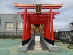神殿の改修工事を行いました(鳥居、新神殿完成)